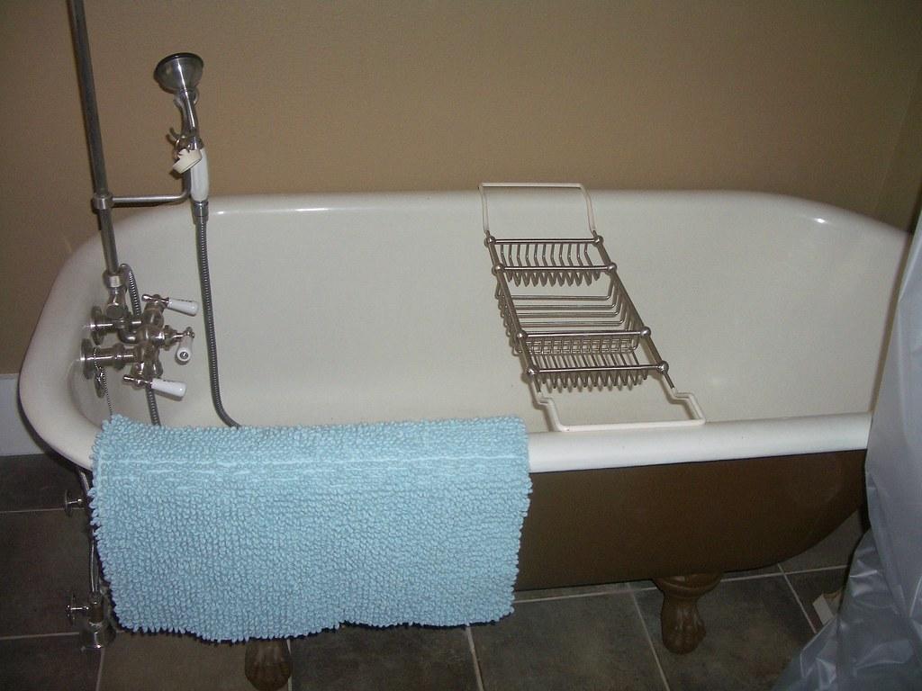 Clawfoot Tub