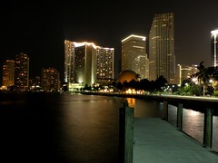 Bayfront Park Miami (AgusValenz) Tags: lights luces nikon downtown florida miami nightshoot coolpix baypark p80 nighshoot xpa expatriado