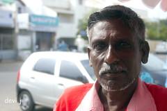 (Devi Jagannathan) Tags: man marina d icecream vendor - 2661275462_eb39f751bc_m