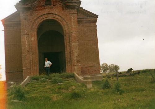 Frente Iglesia Larramendy