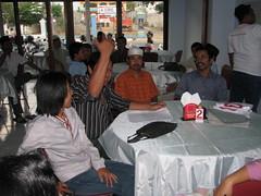 b.diana.p.pujo.p.dalang jarwo.p.cahyo (SMANEPA-91) Tags: action pak dewan