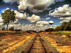 Golden Rail to the Sky (Jeff Clow) Tags: railroad weather clouds rural vanishingpoint texas searchthebest rail railway dfw bec soe jeffclow bej jeffrclow top20texas vosplusbellesphotos ubej naturescreations