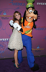 Miley and Goofy (Youth Service America) Tags: youth america stars disney learning service cyrus volunteer miley gysd