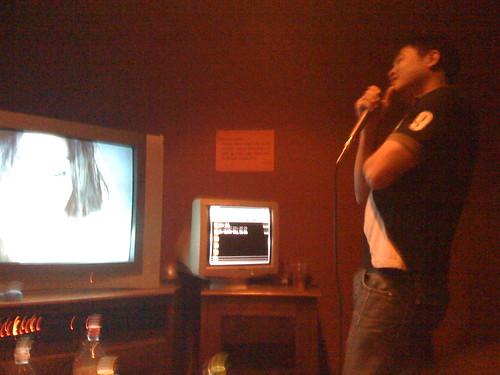 scott-singing