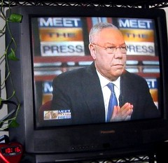 Colin Powell endorses Obama for president