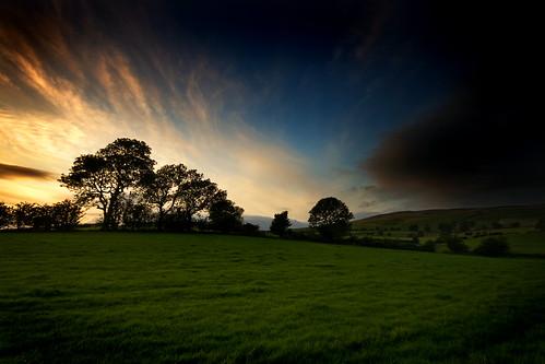 フリー画像| 自然風景| 丘の風景| 草原の風景| 夕日/夕焼け/夕暮れ| イギリス風景|      フリー素材|