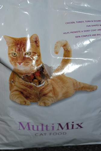 a new way to open cat food