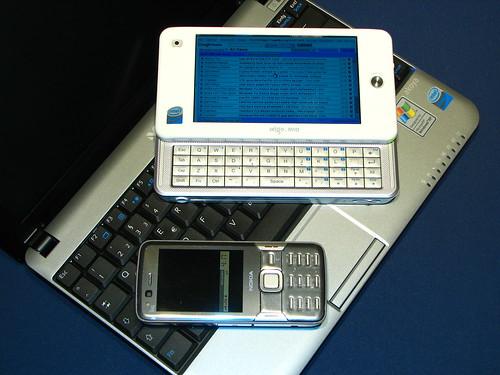 Différences utilisations tactile et clavier