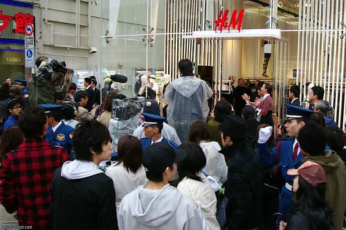 Crowd outside of H&M Harajuku