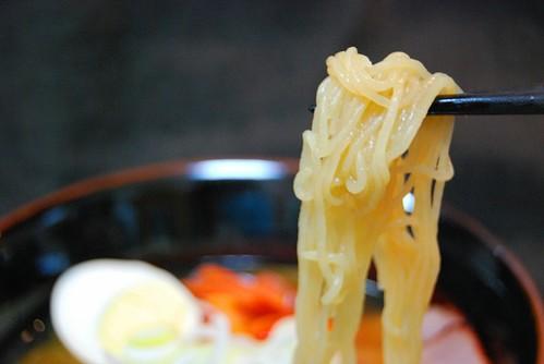 ナカキ食品 ラーメン蒟蒻 みそ味:麺