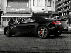 Aston Martin AMV8 Vantage Roadster (Robin Kiewiet) Tags: robin car lumix photography los open martin very angeles fast automotive 2006 polarizer rs v8 aston dmc 43 motorshow vantage veere roadster v12 tourer amv8 380bhp aerodynamica n400 fz8