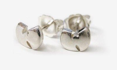wu-tang-clan-gabriel-urist-earring-1_400