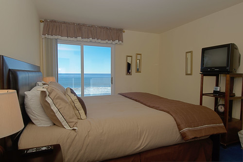 Seashore On The Sand Hotel and Vacation Rental