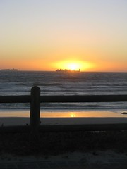 Blouberg Sunset (fuelspin) Tags: sunset sun cold beach water boat town waves windy cape skip shining freight branders skepe golwe