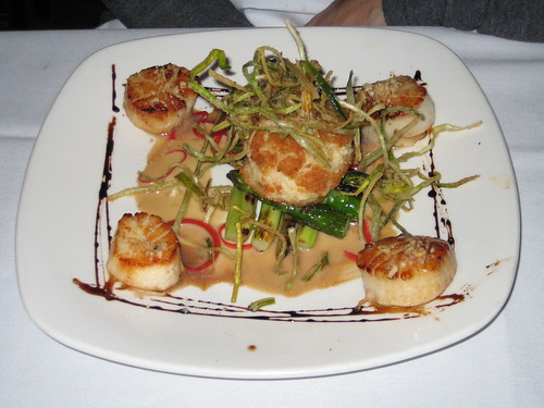 Seared Scallops with Hazelnuts and Parmesan Risotto