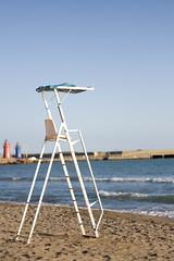 Baywatch ? (Jean-Philippe Caruana) Tags: blue sea italy mer beach chair italia canonef50mmf18 bleu tuscany toscana toscane plage italie chaise lr lightroom eos400d