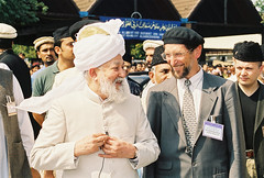 Hadhrat MIrza Tahir Ahmad with Abdullah Uwe Wagishauser (adherer0) Tags: uk usa germany messiah ahmad uwe tahir imam promised mirza hafiz abdullah nasir mahdi caliph ghulam jamaat ahmadiyyat khilafat wagishauser khalifat hadhrat nuuruddin