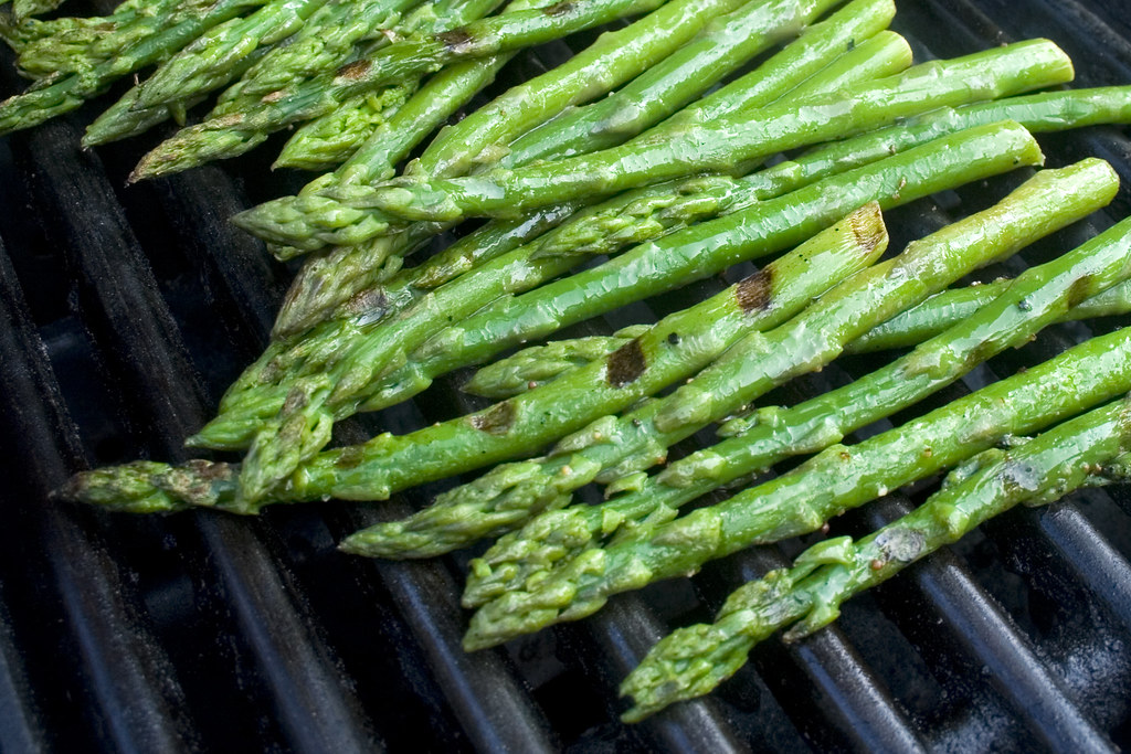 lightly grilled asparagus by woodleywonderworks, on Flickr