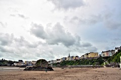 Goscar Rock - North Beach Tenby by pcgn7