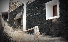passamano (Beppe Modica) Tags: italy architecture italia case sicily colori luce sicilia picnik vacanze pantelleria isola finestre corda sizilien sicilie dammusi canoneos450ditalia