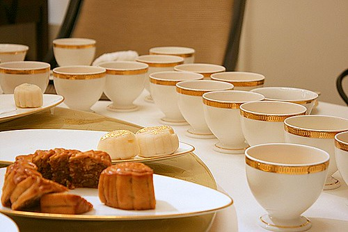One tea for each mooncake means cups all over the table!