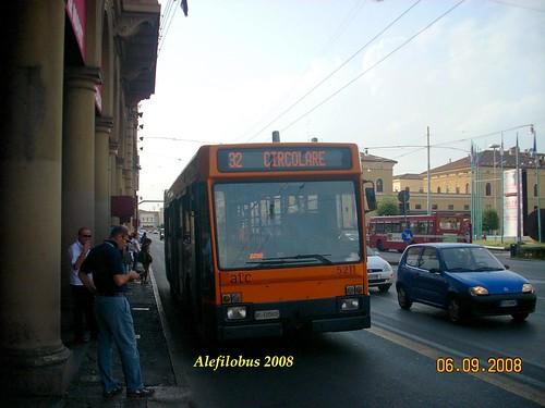 Bologna: Iveco TurboCity n° 5211