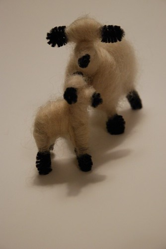 sheepies (by aswim in knits)