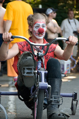 Qu? (edugreen) Tags: bike portland bicicleta joust pedalpalooza gladiador mcbf multinomahcountybikefair