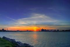 Windsor+Detroit (pcfishhk) Tags: sunset ontario canada landscape michigan detroit windsor hdr belleislepark bej nikond300 tokinaatx116prodx 1116f28