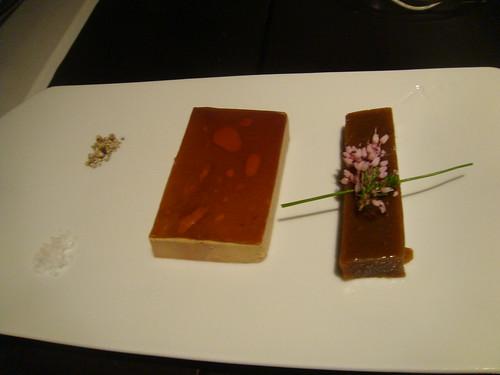 Foie gras con compota de higos y gelatina de vino