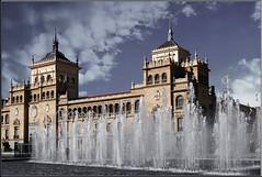 Palacio de Caballera (Al Sango) Tags: fuente valladolid paseo plazas castilla sango zorrilla theperfectphotographer alsango palaciodecaballeria