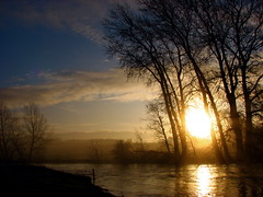 I wish I had a river (peet-astn) Tags: trees sun mist reflection water river dawn explore jonimitchell greatouse vosplusbellesphotos