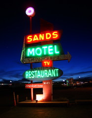 Motel Sign (BOB WESTON) Tags: neon motel nostalgia westtexas vanhorntexas