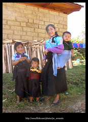 Nios8964 (-Karonte-) Tags: nikoncoolpix8700 coolpix8700 chenalho indigenaschiapas indigenouschildren niosindigenas altoschiapas josemanuelarrazate
