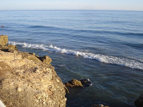 Roca y mar