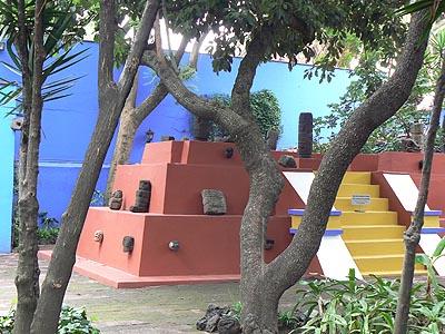 pyramide Frida Kahlo.jpg