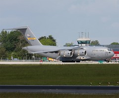 "United States Air Force    Boeing C-17  ""Globemaster""       07-7188 (Flame1958) Tags: 200511 military transport c17 boeing globemaster dub 0511 dublinairport 2011 boeingc17 militarytransport eidw 077188"
