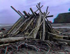 driftwood structure - Navarro River mouth - Mendocino County, California - 3D stereo anaglyph (divewizard) Tags: california 3d pacific anaglyph structure stereo driftwood finepix fujifilm w1 rivermouth leanto mendocinocounty navarroriver real3d chrisgrossman