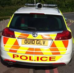HERTS POLICE ANPR (NW54 LONDON) Tags: leds anpr areacar vauxhallinsignia hertfordshirepolice ou10glv