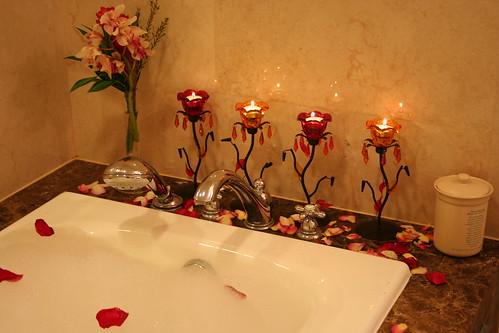 البيوت تنبض بحب ورومانسية)>منزل ولا فى الاحلام سبحان الله حمامات