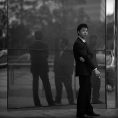 doppelgnger/s (memetic) Tags: man men 120 6x6 mediumformat reflections hongkong iso100 suits kodak tl tmax group smoking admiralty p6 pacificplace pentaconsix sonnar 180mm
