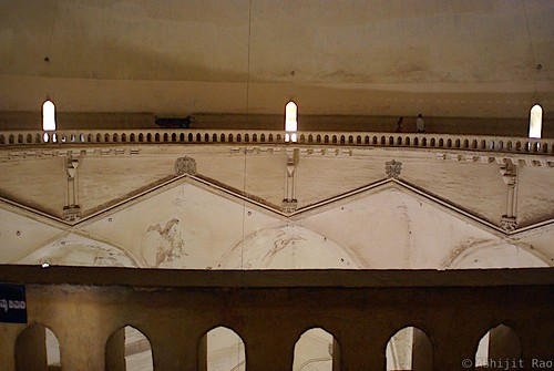 The whispering gallery, Gol Gumbaz