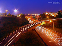 I-35 at night, 29 May 2008 (photography.by.ROEVER) Tags: nightphotography bridge skyline night evening highway ramp downtown loop may viaduct kansascity missouri interstate nightphoto 14thstreet kc 2008 i35 kcmo downtownkansascity 14thstreetbridge jacksoncounty lightstream nightphotograph interstate35 downtownloop nightimagery