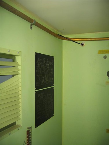 Wiring diagram in the equipment shelter