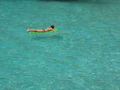 hektische aktivitt (rolohauck) Tags: sea summer girl spain meer top 20 mallorca mdchen cala spanien luftmatratze mondrago top20summer lpfloating
