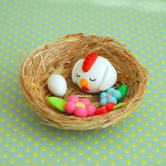 Sleepy chicken ({JooJoo}) Tags: pink blue flower green chicken toys miniature nest egg polymerclay collectible etsy dollhouse joojoo microbead pcagoe