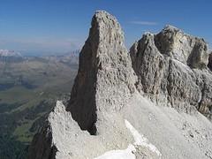 che spigolo!!! (tremendo2008) Tags: montagne pale vette dolomiti cime passi rifugi bureloni