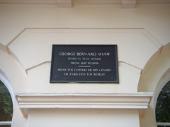 Photo of George Bernard Shaw black plaque
