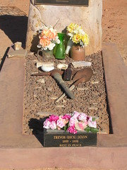 Miner's Grave (mikecogh) Tags: cemetery grave desert tools shovel pick southaustralia arid andamooka