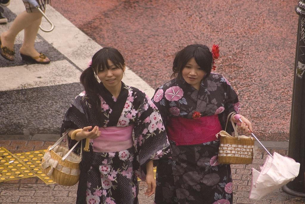 Kimono shoppers, Shibuya, Tokyo